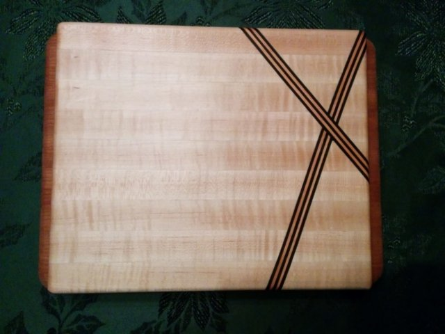 Wenge and Maple Cross pattern Cutting board